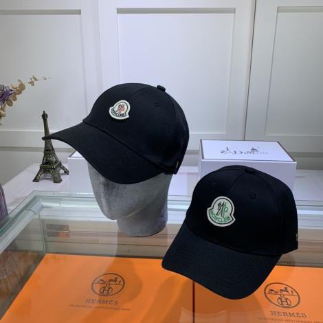 モンクレール MONCLER メンズ/レディース カップル 2色 キャスケット帽  人気レプリカ口コミ販売