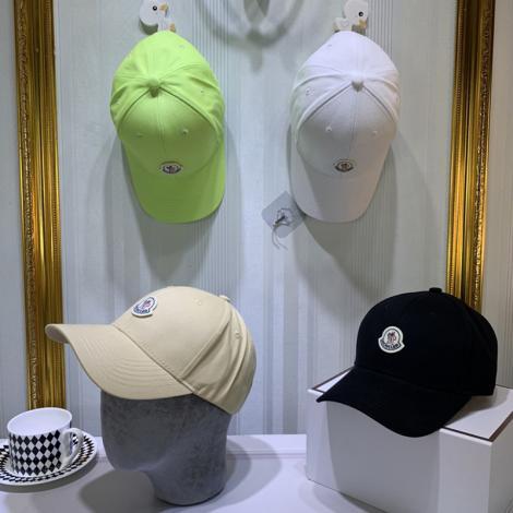 モンクレール MONCLER メンズ/レディース カップル 4色 キャスケット帽  良品 良品質スーパーコピー通販