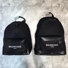 バレンシアガ BALENCIAGA バックパック 2色 高評価偽物バッグ代引き対応