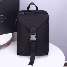 ブランド安全プラダ PRADA バックパック 2020年新作 メンズ 2VZ028コピーブランド激安販売専門店