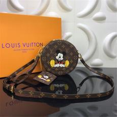 ルイヴィトン LOUIS VUITTON 丸バッグ ミニバッグ ショルダーバッグ 斜めがけ 新入荷  M49986格安コピー口コミ