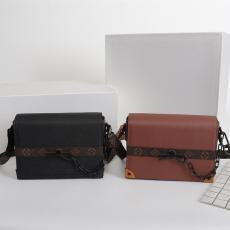 ルイヴィトン LOUIS VUITTON 斜めがけ ボックスバッグ 新品同様  2色 メンズ M30717/M30718レプリカ 代引き