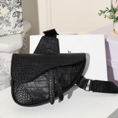 ディオール Dior メンズ/レディース 胸バッグ ショルダーバッグ 斜めがけ クロコ型押し 2020年春夏新作 サドルバッグ激安販売バッグ専門店