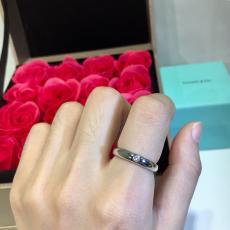ティファニー TIFFANY メンズ/レディース カップル 指輪 人気 おすすめ 3つのサイズコピーブランド代引き