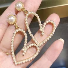 ブランド可能ディオール Dior レディース イヤリング パール 人気レプリカ販売口コミ