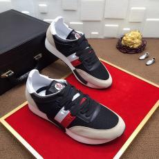 モンクレール MONCLER 高評価  3色 カジュアル最高品質コピー靴