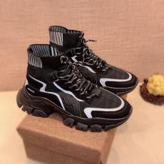 ブランド販売モンクレール MONCLER 新品同様レプリカ激安靴代引き対応