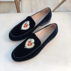 クリスチャンルブタン Christian Louboutin 2020年新作靴激安代引き口コミ