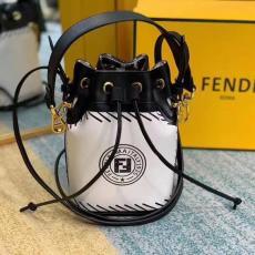 ブランド後払いフェンディ FENDI バケットバッグ ショルダーバッグ 斜めがけ トートバッグ 定番人気ブランドコピー専門店