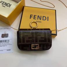 ブランド販売フェンディ FENDI ショルダーバッグ 斜めがけ 2色 送料無料バッグ激安 代引き口コミ
