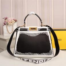 フェンディ FENDI レディース トートバッグ ショルダーバッグ 斜めがけ 2色 人気バッグコピー最高品質激安販売
