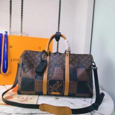 ブランド通販ルイヴィトン LOUIS VUITTON ショルダーバッグ 斜めがけ トートバッグ 旅行用バッグ  2020年秋冬 新作  M55560激安代引き口コミ