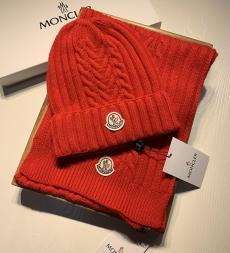 モンクレール MONCLER メンズ/レディース カップル マルチカラーが選択可能 毛糸 ニット キャップ マフラー セット 暖 秋冬 美品レプリカ販売