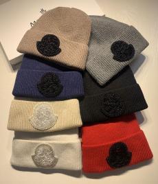 モンクレール MONCLER メンズ/レディース マルチカラーが選択可能 カップル 秋冬 暖 ニット帽 毛糸の帽子 良品コピーブランド激安販売専門店