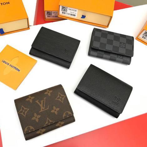 累積売上額TOP1 コインケース カードポケット ルイヴィトン 二つ折財布 短財布 LOUIS VUITTON 定番人気 4色 M63801 持ち運びが容易本当に届くスーパーコピー 口コミ工場直営店