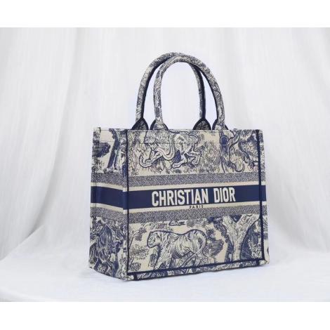 手元在庫あり 大人気 即完売必至 Dior トートバッグ ショッピング袋 ディオール 送料無料 大容量 注目度抜群本当に届くブランドコピー工場直営安全後払い代引き店