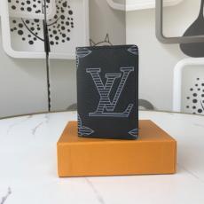 人気商品 上品 新品同様  ルイヴィトン 二つ折財布 LOUIS VUITTON メンズ カードポケット コインケース 縞模様の文字 クリエイティブ M63144激安販売工場直売専門店