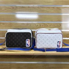 ルイヴィトン 完売前に新作を先取り 斜めがけ ショルダーバッグ LOUIS VUITTON メッセンジャーバッグ モノグラム 2色 おすすめ M45583 NBAスーパーコピー代引き国内発送安全後払い優良サイトline