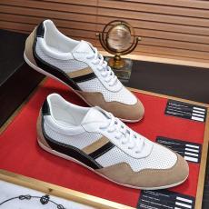 メンズ カジュアル 靴 PRADA 累積売上額TOP5 便利で快適! 独占的な新しい、見事な作品 プラダ 新作即完売必至 3色本当に届くブランドコピー工場直営店 国内発送line