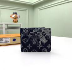 人気新作 LOUIS VUITTON 二つ折財布 ショートウォレット M80031 男性的な魅力 ルイヴィトン  2021年春夏新作 メンズ本当に届くスーパーコピー代引き後払い届く店