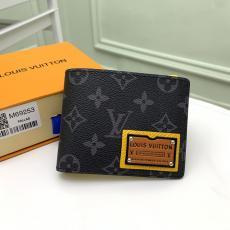 大人気完売必至! ルイヴィトン メンズ 二つ折財布 短財布 M69253 LOUIS VUITTON 大人気ブランド財布通販
