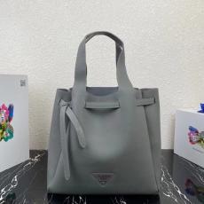 大人気 プラダ ショッピング袋 トートバッグ 新品同様  ショルダーバッグ PRADA 3色 大人気即完売必至 1BG339  他の人と差をブランドコピー代引き国内発送安全後払い優良サイト