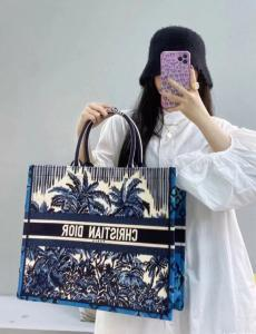 ディオール トートバッグ ショッピング袋 セレブ愛用 Dior  マルチカラーが選択可能 人気商品 大小オプション 5色 おすすめ レディース ファッション本当に届くスーパーコピー 口コミ国内安全後払いおすすめ店