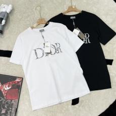 ディオール 新作!アイテムを先取り Dior 男女兼用 世界中で大人気 2色 Tシャツ クルーネック カップル 良品コピー最高品質激安販売工場直売