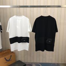 新品同様  プラダ 男女兼用 PRADA 2色 クルーネック Tシャツ カップル 注目度抜群レプリカ販売