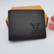 新作 クラシックなデザイン  M69829 LOUIS VUITTON 二つ折財布 牛革 ルイヴィトン 短財布 カードポケット コインケース 高品質ブランドコピー 国内安全優良サイト