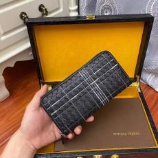 大注目 ボッテガヴェネタ 黒色 織り 刺繍 BV7001 実用的 長財布 ファスナー BOTTEGA VENETA 高品質本当に届くスーパーコピー工場直営国内安全後払いサイト