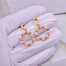 ギフトに最適☆国内発 ディオール レディース イヤリング 送料無料 Dior 春夏 ファッション