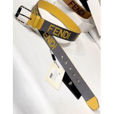 超レア FENDI フェンディ 刺繍図案 品質保証牛革幅4cm2色激安ベルト代引き買ってみた